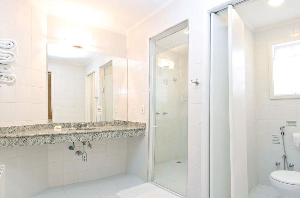 Banheiro Pousada Portal das Cerejeiras
