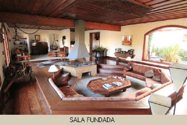 area_social_sala_fundada-1.jpg
