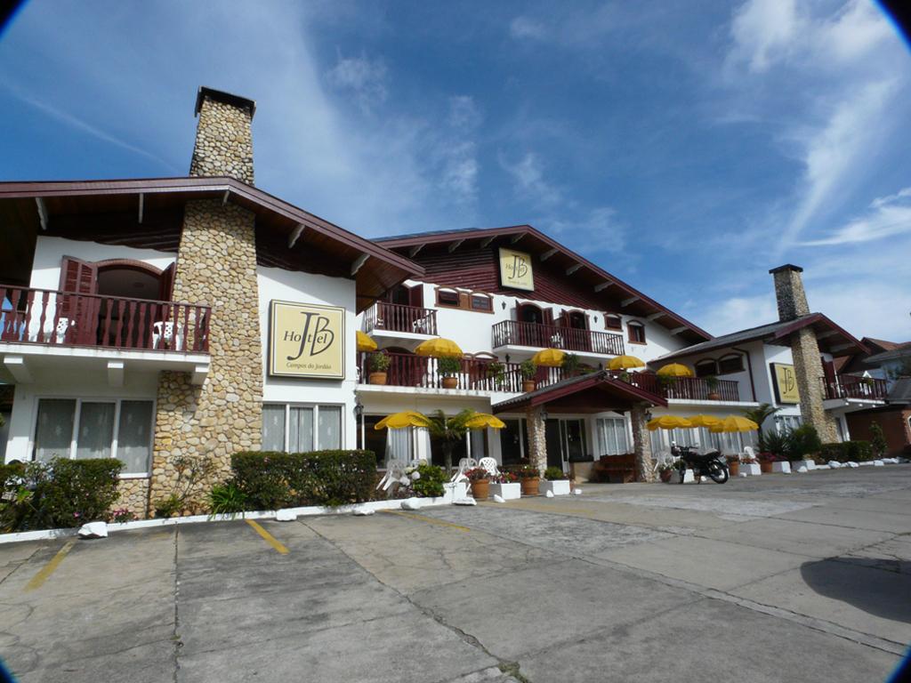 Fachada Hotel JB