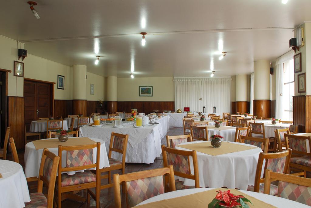 Café da Manhã Parque Hotel