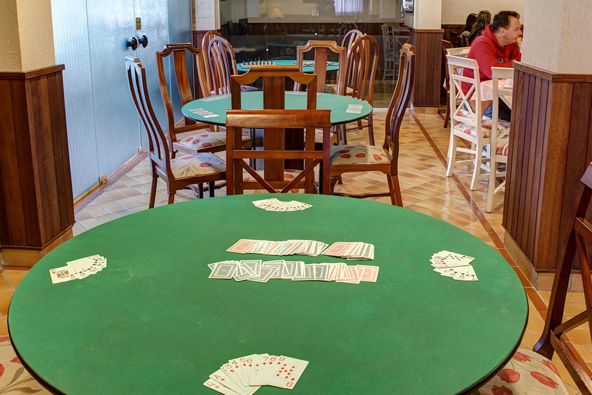 Mesa de Jogos do Flat Hotel Palazzo Reale