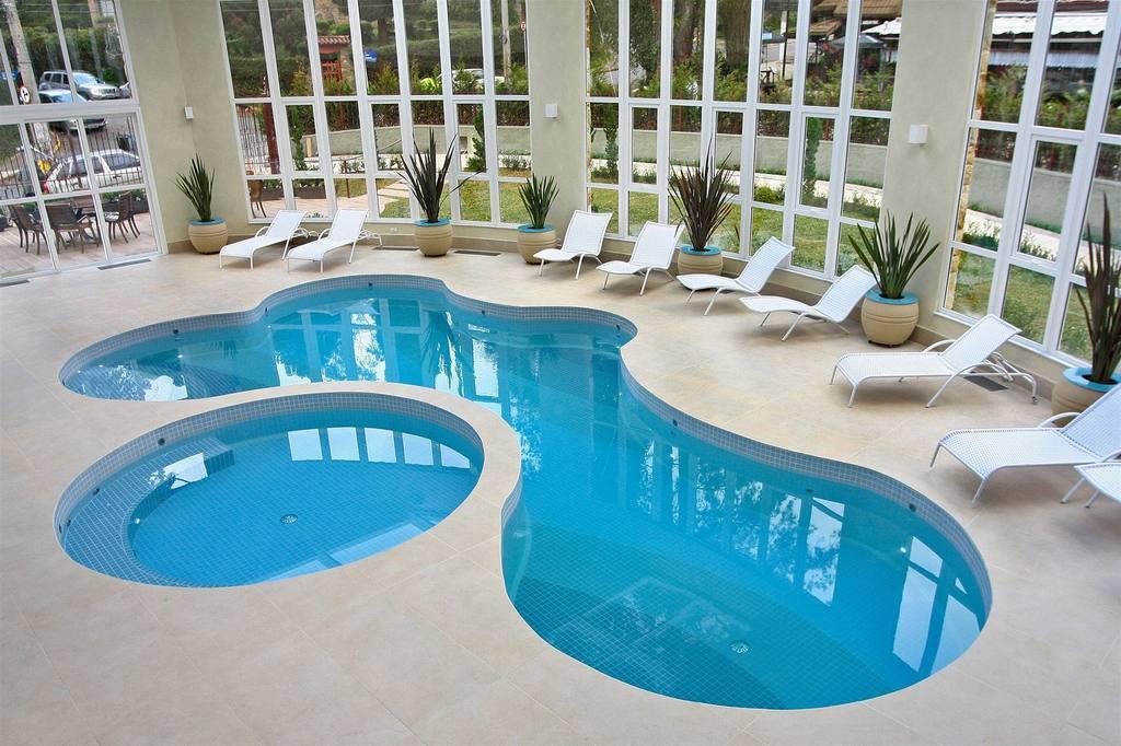 piscina-hotel-serra-da-estre-campos-do-jordao-23