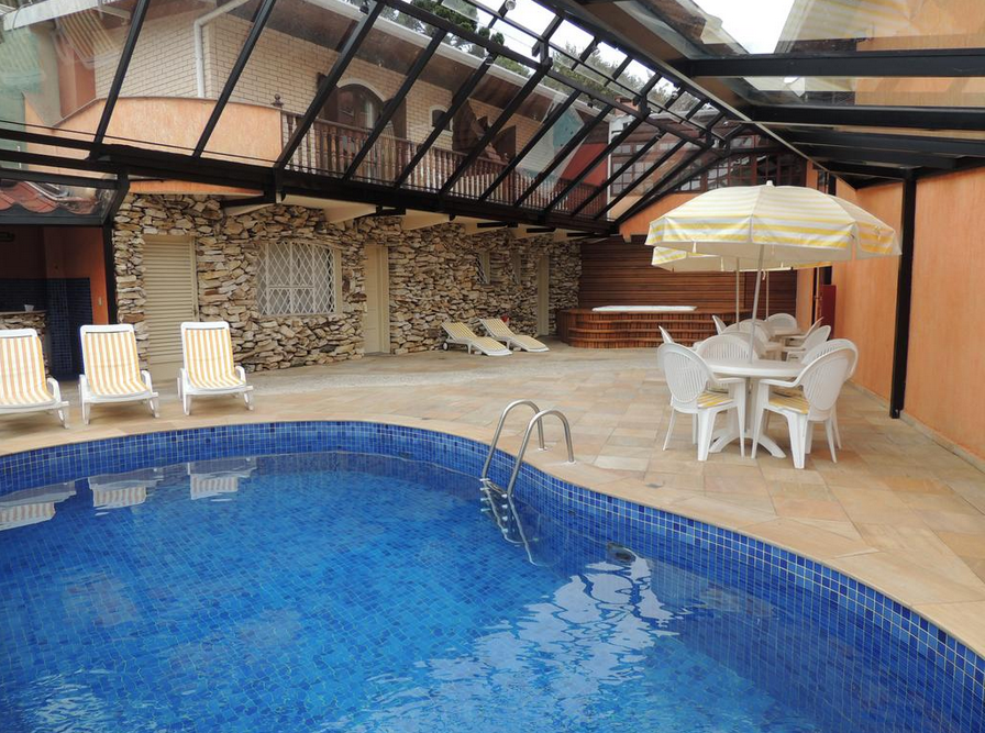 hotel-monte-carlo-1