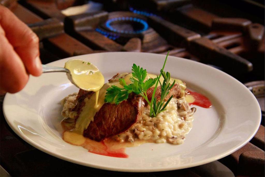 restaurante-moya-vila-inglesa-campos-do-jordao-05