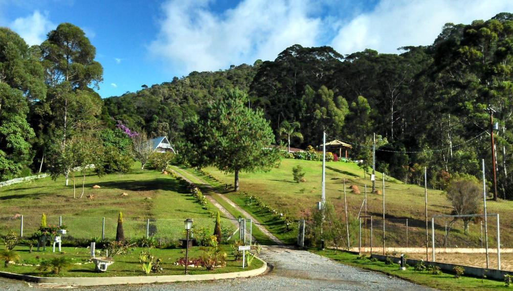Pousada-Recanto-Villa-das-Flores-3