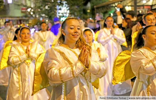 Parada de Natal acontece no mês de Dezembro em Campos do Jordão